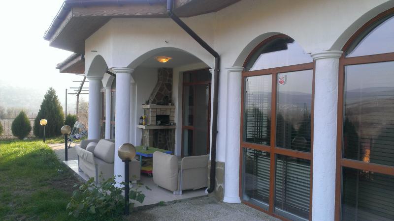 Дом / Вилла в Албене за 105000 €  в сутки