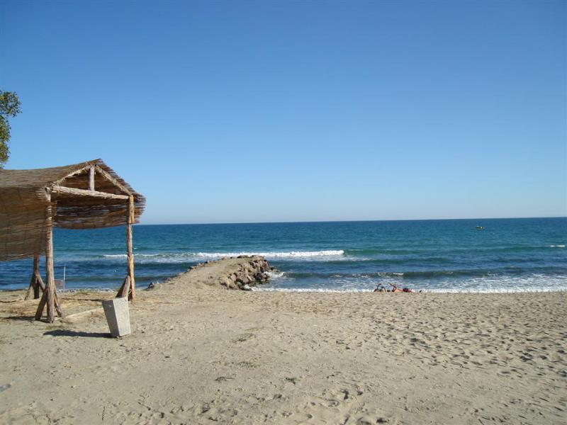 Квартира в Солнечном береге за 49826 €  в сутки