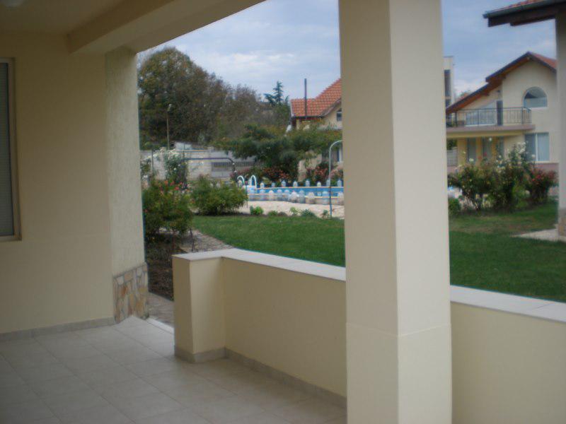 Дом / Вилла в Кранево за 132000 €  в сутки