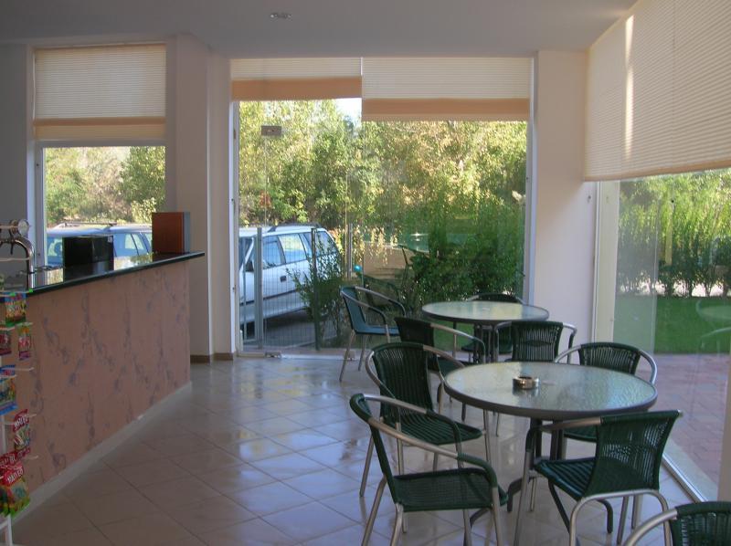 Коммерческая недвижимость в Солнечном береге за 83000 €  в сутки