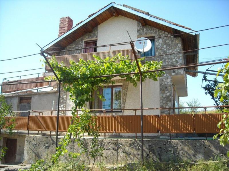 Дом / Вилла в Велико-Тырново за 33000 €  в сутки