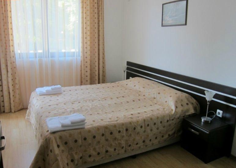 Квартира в Несебре за 49999 €  в сутки