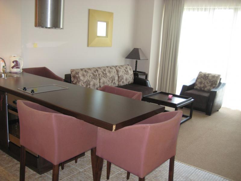 Квартира в Солнечном береге за 54000 €  в сутки