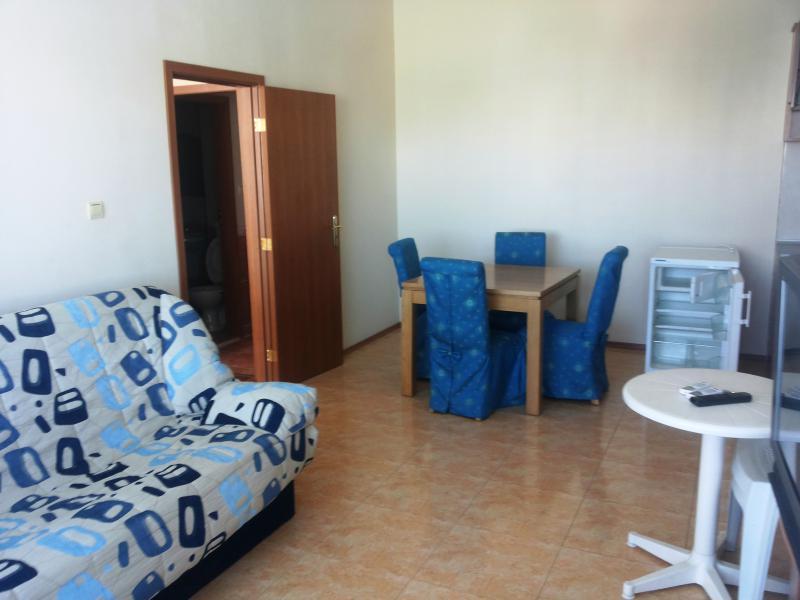 Квартира в Солнечном береге за 44000 €  в сутки