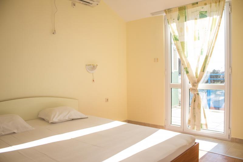 Квартира в Солнечном береге за 50000 €  в сутки