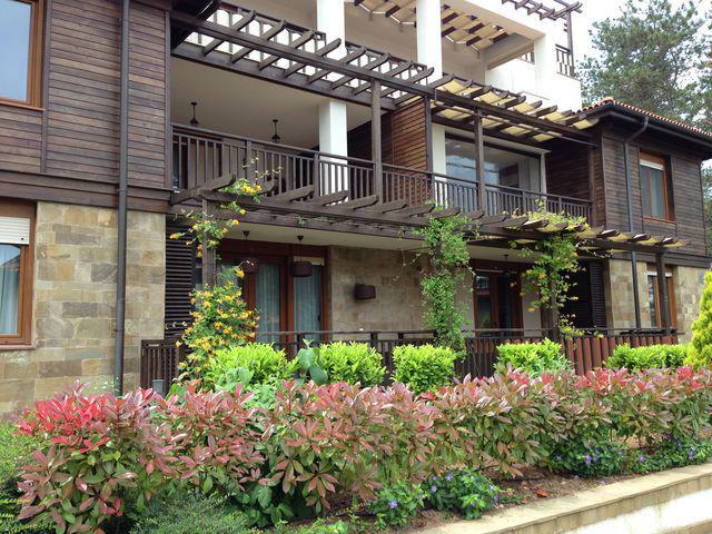 Дом / Вилла в Созополе за 100000 €  в сутки