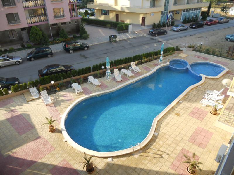 Квартира в Солнечном береге за 24000 €  в сутки