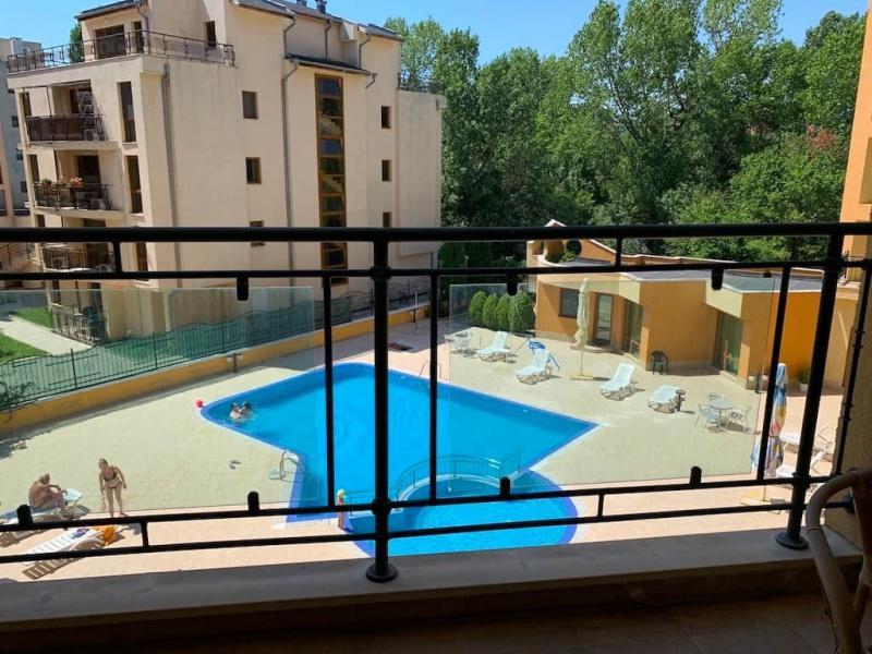 Квартира в Солнечном береге за 33900 €  в сутки