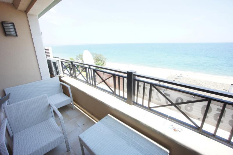 Апартамент в Золотых песках за 45 €  в сутки