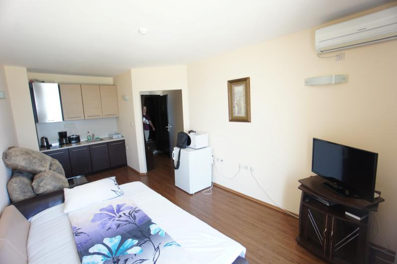 Апартамент в Золотых песках за 35 €  в сутки