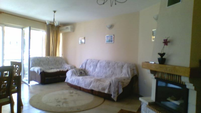 Апартамент в Золотых песках за 75 €  в сутки