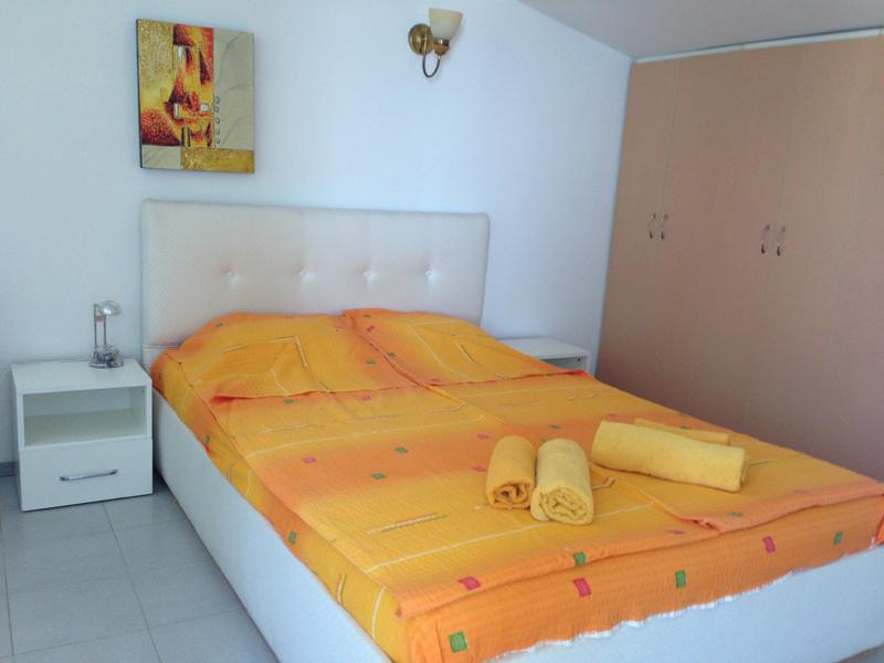 Дом/вилла в Золотых песках за 70 €  в сутки
