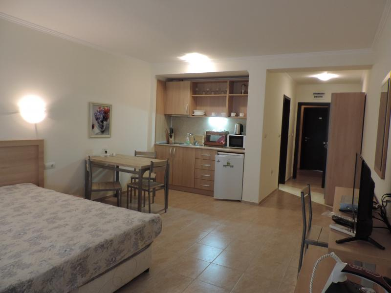 Апартамент в Елените за 26 €  в сутки